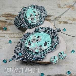 elegancki komplet biżuterii w odcieniach szarości i mięty, elegancka biżuteria