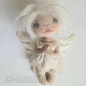 hand-made dekoracje e-piet aniołek - dekoracja ścienna - figurka tekstylna ręcznie szyta