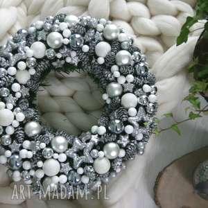 wianek bożonarodzeniowy, srebro, wianek, glamur, brokat, święta prezenty