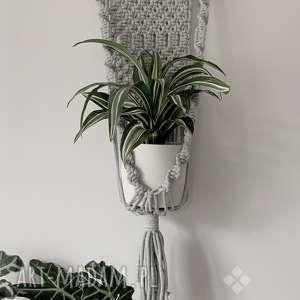 dom kwietnik ze sznurka bawełnianego - 08, kwietnik, wiszący, makrama, roslina