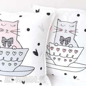 poduszki koty w filiżankach komplet 2 szt, koty, motyw kota, dla dziecka