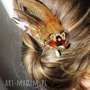 hand made ozdoby do włosów fascynator z piór - brązowe