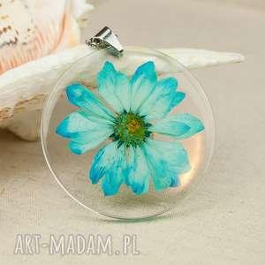 Prezent z108 Naszyjnik z suszonymi kwiatami, medalion kwiatem, kwiaty w żywicy