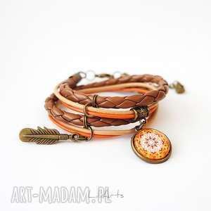 bransoletka - mandala i piórko owijana, brązowa, pomarańczowa