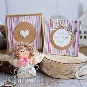 Anioł szczęśliwych chwil personalizowana mini kartka, pudełeczko