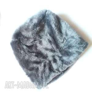 czapka futrzana zimowa ciepła handmade kolor szara, etno, boho,
