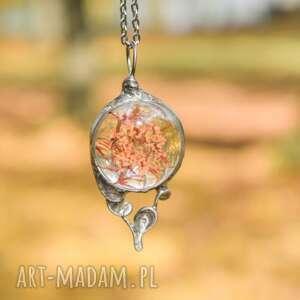 ręcznie zrobione naszyjniki pomarańczowo - naszyjnik z kwiatami w szkle
