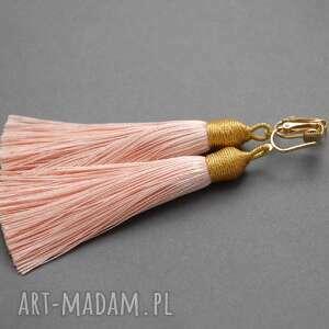kolczyki z chwostami, sznurek, eleganckie, wiszące, morelowe, długie, chwost