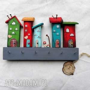 wieszaki kolorowe domki nr 2, drewniane domki, wieszak z drewna, do powieszenia