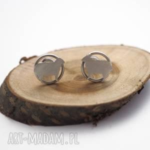 srebrne kolczyki mini owieczki jachyra jewellery, sztyfty