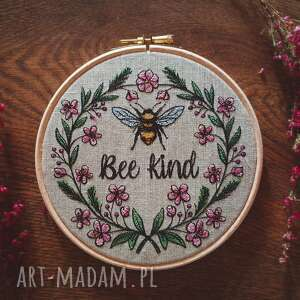 dekoracje obrazek haftowany bee kind, pszczółka, kwiaty, vintage, obrazekhaft