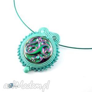Zielono-morski wisior sutaszowy ze smokiem - ,sutasz,soutache,smok,glamour,fantasy,