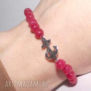 Kotwica w czerwonym agacie - ,agat,kotwica,srebro,celebrytka,modna,kamienie,