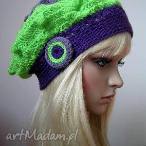 fioletowo - zielony modny berecik - beret, ażurowy, paski, modny, jesienny, wiosenny