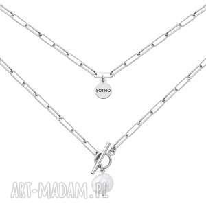 srebrny masywny naszyjnik z ozdobnym zapięciem i naturalną perłą