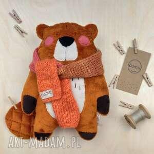 bóbr z szalikiem - leśna przytulanka minky, minky, bóbr, prezent, urodziny