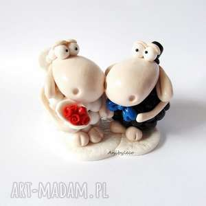 ŚMIESZNA FIGURKA NA TORT WESELNY owieczki, figurka, tort, wesele, modelina, fimo