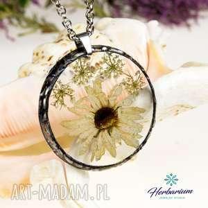 Prezent z1097 Naszyjnik z suszonymi kwiatami herbarium, naszyjnik, biżuteriazżywicy