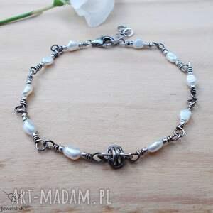 perłowa z supełkiem - bransoletka, srebrna bransoletka perłami