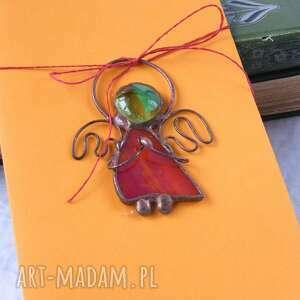 kartka na życzenia z czerwonym aniołkiem, świąteczna, aniołek witrażowy