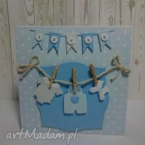 kartka maluszkowe ubranka - pamiatka, zaproszenei, ubranka, chrzest, urodziny, narodziny