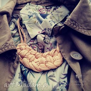 Amber, bawełna, natura, metal