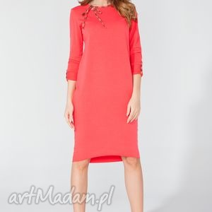 Sukienka midi z ozdobną lamówką i troczkiem T106 kolor koral - TESSITA, sukienka