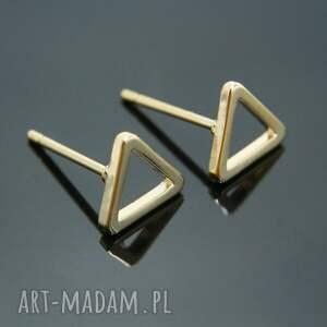 mitsu trójkąciki kontur złote małe, minimalistyczne, geometryczne, pozłacane, sztyfty