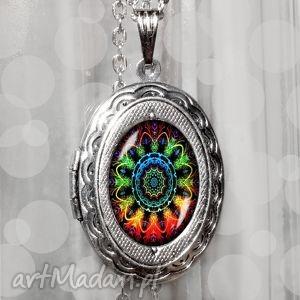Prezent Sekretnik otwierany medalion :: Mandala, mandala, kolorowy, unikat,