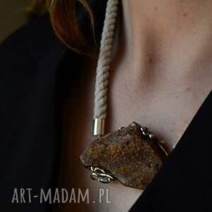naszyjniki kolia z surowym bursztynem i sznurkiem srebro, surowy bursztyn