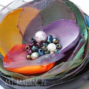 Kolorowa broszka wiosenna, kwiat, broszki handmade pracownia