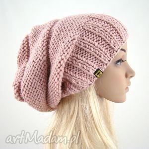 pudrowy róż - czapa - czapka, czapa, wisząca, zimowa, prezent, modna