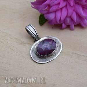 Owal różowego rubinu - wisior wisiorki jewelsbykt srebrna