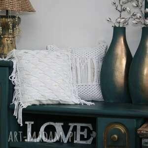 poduszki dekoracyjna poduszka lniana z ozdobną makramą i koralikami, makrama