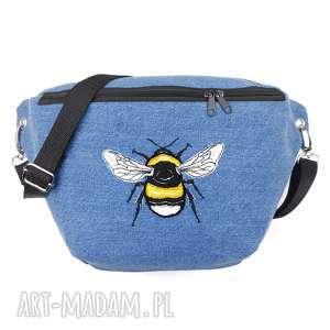 nerka xxl trzmiel upcykling - ,nerka,trzmiel,pszczoła,insekt,haft,jeans,
