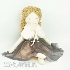 Lalka w brzoskwiniowej tiulowej sukience, lalka, szmacianka, przytulanka