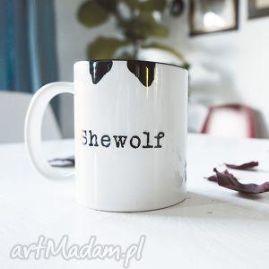 Prezent SHEWOLF kubek biały z nadrukiem 330ml, coffee, tea, kawa, herbata, prezent