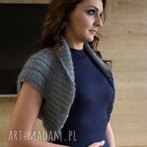 otulacz na ramiona z warkoczami - bezrękawnik, ciepły, sweter