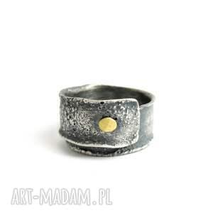 złota kropka - pierścionek regulowany, srebro i złoto