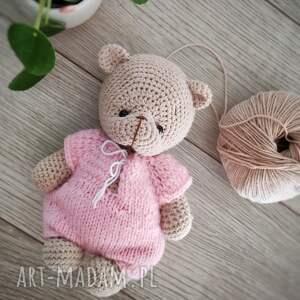maskotki miś w różowym sweterku, dzień dziecka prezent, prezent dla malucha