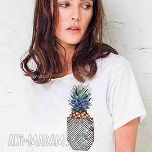 pineapple in pocket oversize t-shirt, oversize