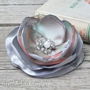 hand-made broszki elegancka broszka, przypinka kwiat