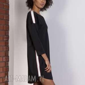 Sportowa sukienka z lampasami, SUK150 czarny, lampasy, sukienka, oversize, luźna