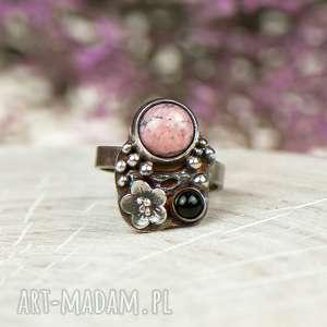 rodonit w kwiatach pierścionek srebrny a610 - pierścionek-srebrny