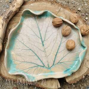handmade ceramika ceramiczna patera, liść (c218)
