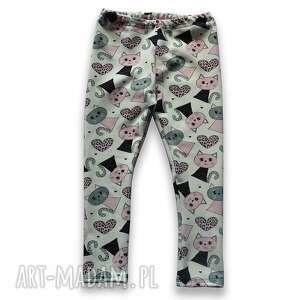 koty kremowe legginsy z bawełnianej dresówki, spodnie kotkami dla dziewczynki