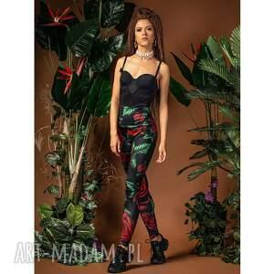 legginsy - królowa róża, print, elastyczne, wygodne