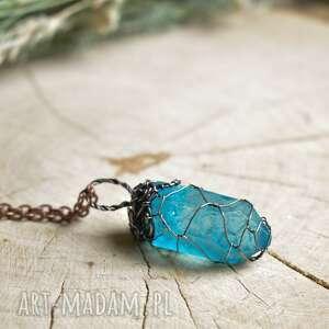 blue net - naszyjnik z wisiorem na łańcuszku, kryształem, wisior
