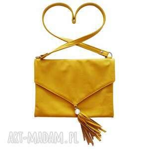 na ramię 40-0001 żółta, elegancka listonoszka z frędzelkami / co dzień, spacer, do