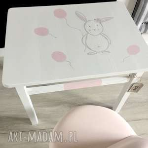 hand-made pokoik dziecka stolik i krzesełko dla dzieci